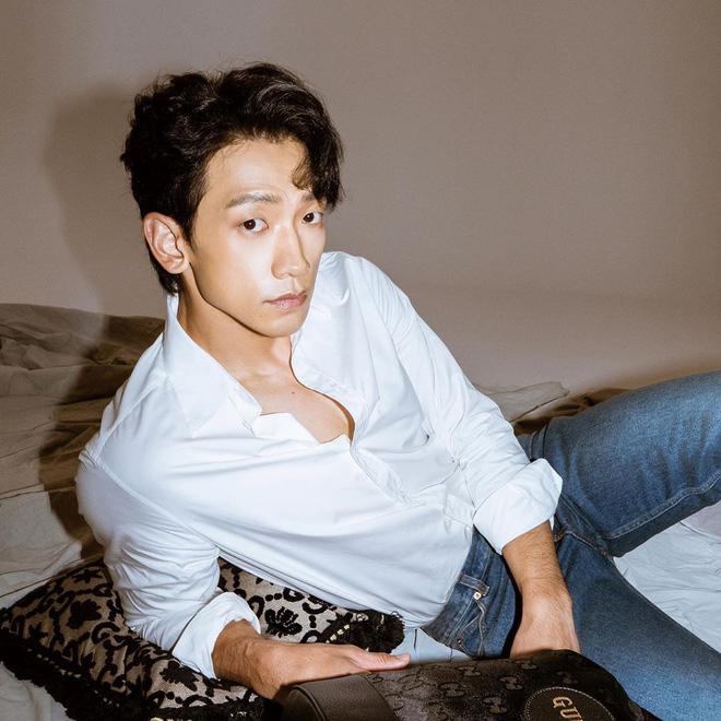 Kim Tae Hee dùng chồng như phá: Bi Rain lộ gương mặt gầy xọp, mặt hốc hác đến mức đáng lo-4