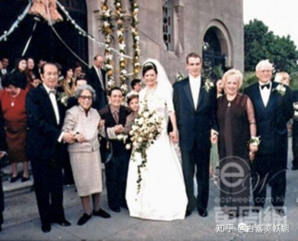 Cháu gái mệnh khổ của Vua sòng bài Macau: Mồ côi bố mẹ từ nhỏ, chồng mắc bệnh tâm lý, phải một mình vượt qua trầm cảm và ung thư-2