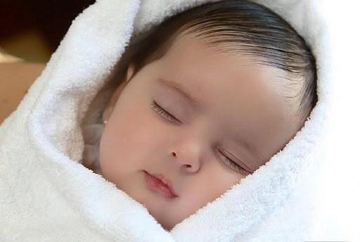 Điểm đặc biệt trên gương mặt con mới chào đời của Hoa hậu Đặng Thu Thảo đẹp không thể tả-9