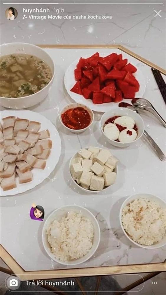 Bạn gái Quang Hải khoe loạt mâm cơm tự nấu đúng chuẩn gái đảm-4