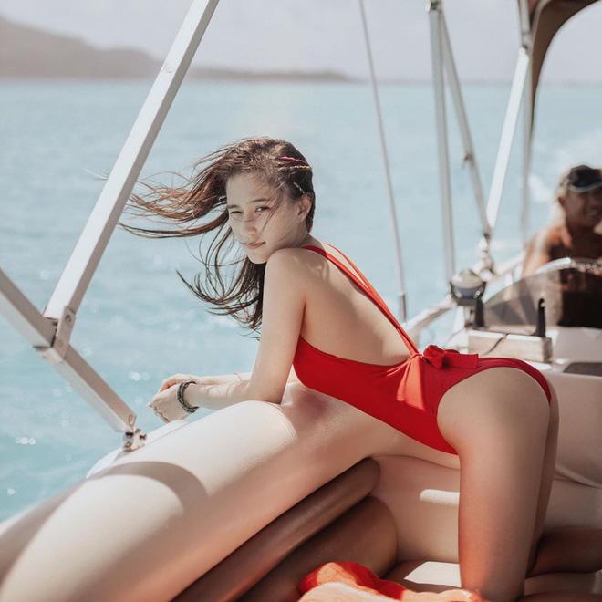 Ái nữ đẹp nhất nhà Vua sòng bài Macau: Mặt nét nào ra nét ấy, makeup đỉnh miễn chê, body cũng xuất sắc tới độ cân mọi style-12