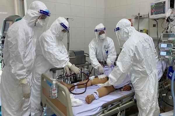 Việt Nam ghi nhận ca tử vong thứ 25: Bệnh nhân 698 viêm phổi do Covid-19 và mang nhiều bệnh lý nền nặng-1