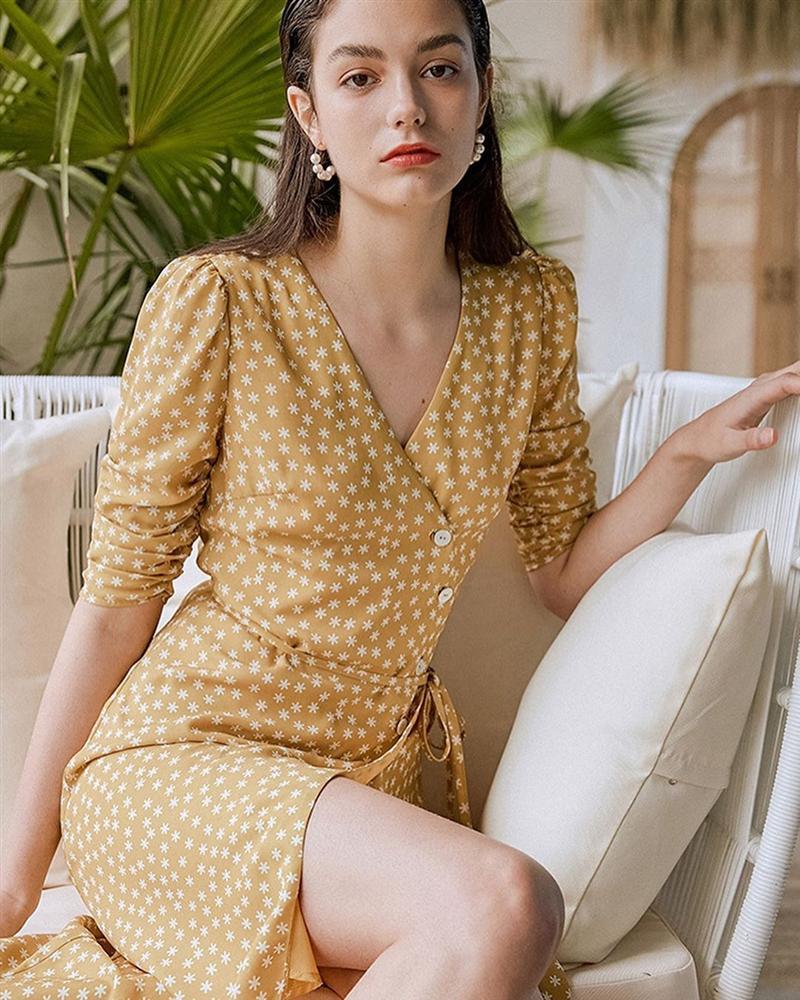 Phụ nữ Pháp mê váy quấn như điếu đổ, diện lên vừa xinh vừa sang lại trông gầy đi hẳn vài kilogram-10