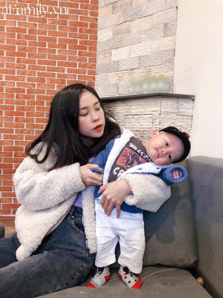 """Mẹ Quảng Nam khoe thực đơn ăn dặm cho con nhìn như nhà hàng 5 sao, bé 11 tháng đã ăn cả thế giới"""" nhờ bí quyết đặc biệt-1"""