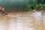 Nam thanh niên bị lũ cuốn tử vong khi qua đập tràn ở Hà Tĩnh-2