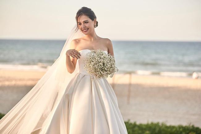 Sau 2 tháng kết hôn với thiếu gia Cocobay, Phanh Lee tiếp tục tung thêm ảnh trong đám cưới bí mật-1