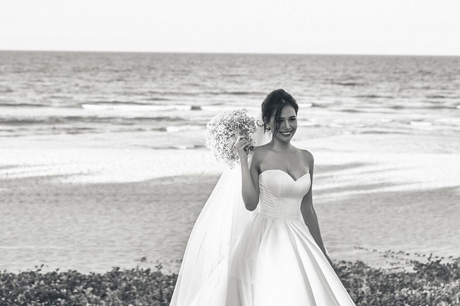 Sau 2 tháng kết hôn với thiếu gia Cocobay, Phanh Lee tiếp tục tung thêm ảnh trong đám cưới bí mật-3