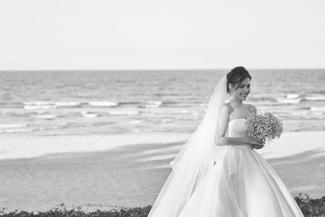 Sau 2 tháng kết hôn với thiếu gia Cocobay, Phanh Lee tiếp tục tung thêm ảnh trong đám cưới bí mật-4
