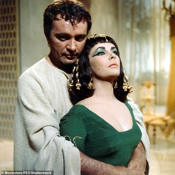 Xác ướp đôi nam nữ phủ kín vàng, yên nghỉ cùng nhau 2.000 năm trong đền cổ hé lộ nơi an táng bí mật của nữ vương tài sắc vẹn toàn Cleopatra-4