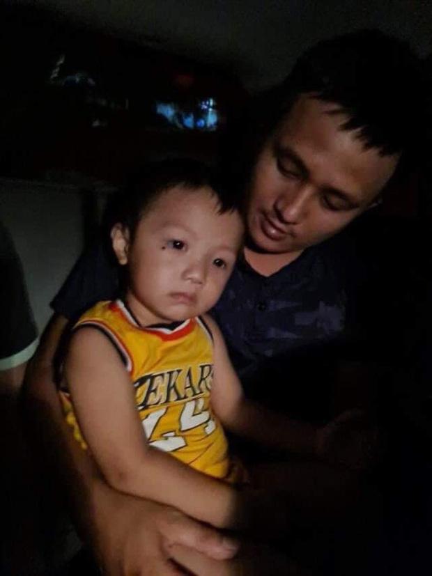 NÓNG: Đã tìm thấy cháu bé 2 tuổi mất tích ở Bắc Ninh-1
