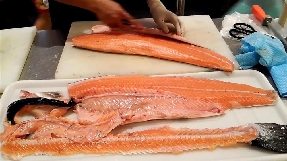 Chỉ 10 nghìn/kg, chế đủ món với hải sản 'nhà giàu'-1