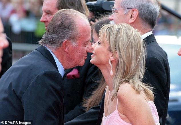Bê bối hoàng gia Tây Ban Nha: Vua tặng nhân tình hơn 1.700 tỷ đồng nhưng sau 2 năm lại đòi quà và cuộc đấu tố chưa có hồi kết-1