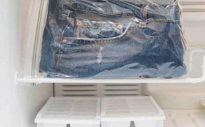 Thấy cô bạn bày cách bỏ quần jean vào tủ lạnh, chuyện tưởng như đùa nhưng lại có hiệu quả giữ dáng, bền màu và diệt sạch vi khuẩn-5