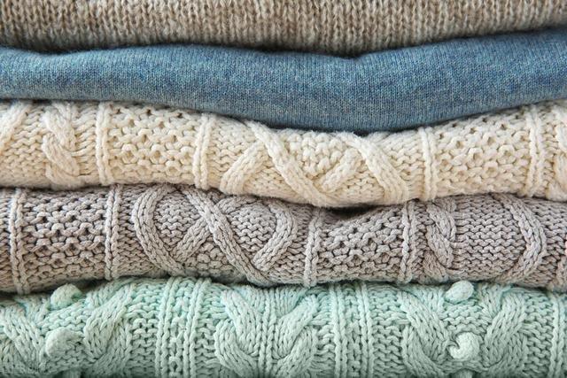Quần áo vừa giặt xong luôn bị bám đầy lông? Cách xử lý rất đơn giản lại còn biết thêm mẹo vệ sinh máy giặt cực hiệu quả-4