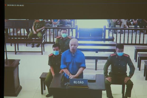 Vợ Đường Nhuệ bật khóc tại phiên xử hành hung phụ xe khách: Tôi rất ăn năn về việc làm của mình, tôi xin lỗi-4