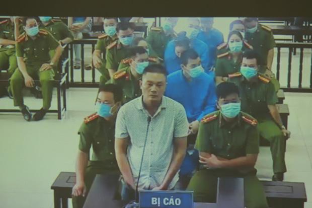 Vợ Đường Nhuệ bật khóc tại phiên xử hành hung phụ xe khách: Tôi rất ăn năn về việc làm của mình, tôi xin lỗi-2