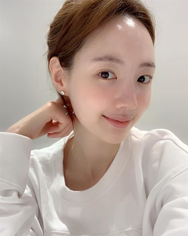 Dưỡng ẩm ngay từ bước làm sạch da theo cách của chuyên gia người Nhật: Chị em làm đúng 6 điều này là da ắt đẹp-2