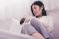 """""""Một giọng nói trong đầu bảo tôi phải làm hại con mình"""": Trải nghiệm đáng sợ của bà mẹ mắc chứng trầm cảm sau sinh"""