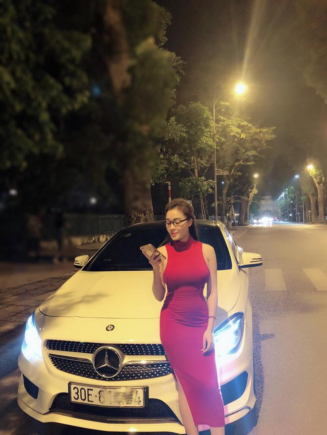 4 kiểu váy áo khoe dáng của Âu Hà My: Hở đến đỏ mặt cũng không bằng khi kín mà vẫn sexy bức người-6