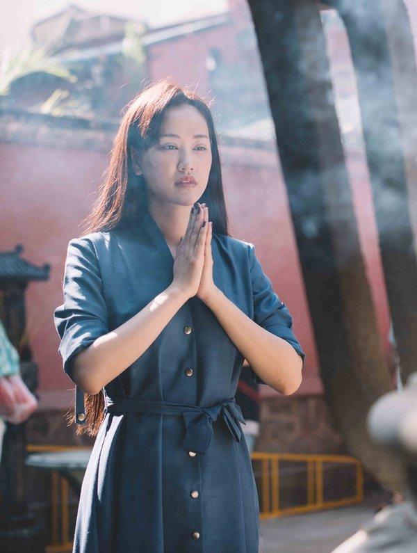 Dù chẳng ai bảo ai nhưng hễ vướng scandal, celeb Việt lại kéo nhau làm việc này-12