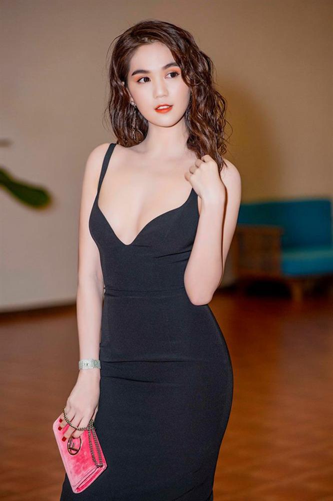 Ngọc Trinh diện váy cắt khoét sâu hoắm khiến nhiều người nóng mắt, nhưng ít nhất là không bất công với vòng eo 55 nữa rồi-8