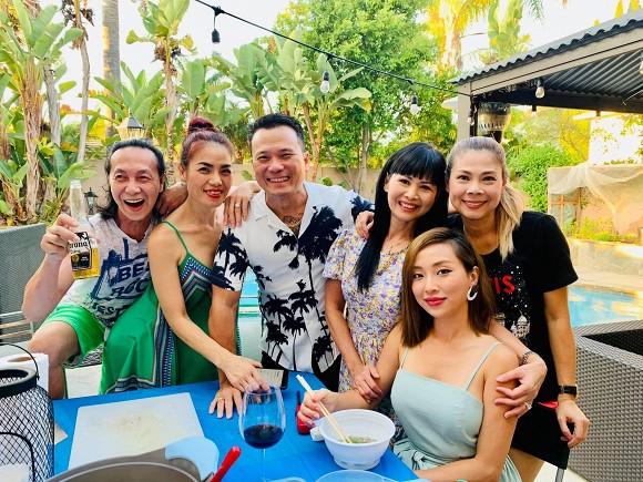 Thanh Thảo và bạn bè đến thăm nhà ca sĩ Minh Tuyết tại Mỹ-3