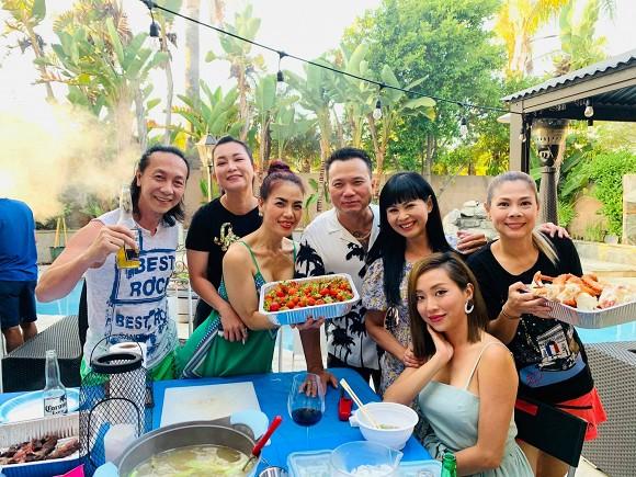 Thanh Thảo và bạn bè đến thăm nhà ca sĩ Minh Tuyết tại Mỹ-4
