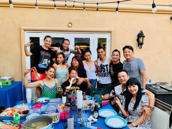 Thanh Thảo và bạn bè đến thăm nhà ca sĩ Minh Tuyết tại Mỹ-5