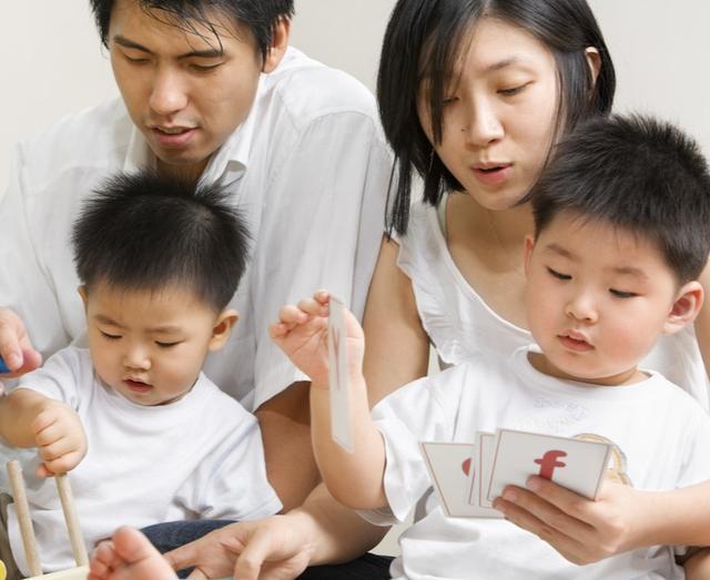 Xót con là hại con, cha mẹ sẵn sàng cho con chịu 3 loại khổ này thì trẻ mới thành tài-3