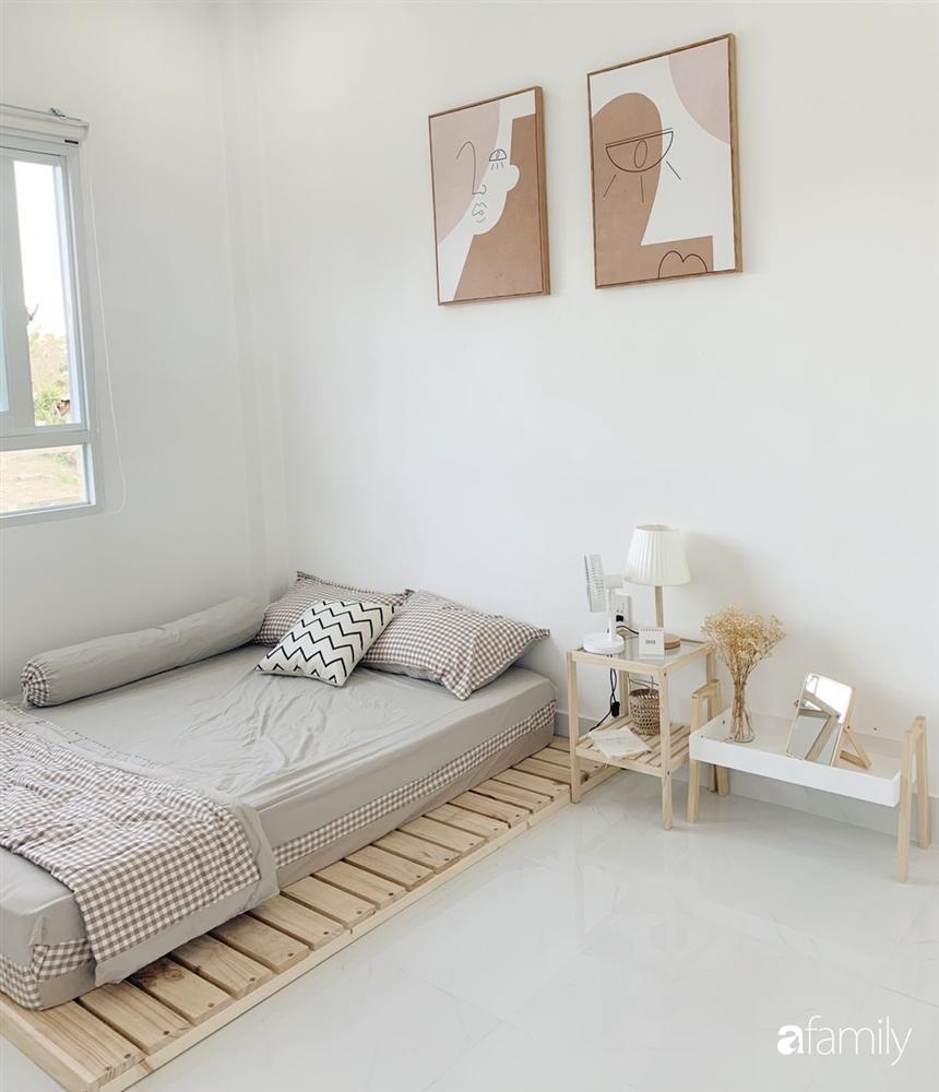 Ngôi nhà màu trắng đẹp như trong phim với tổng chi phí hoàn thiện 600 triệu đồng của cô gái Bến Tre dành tặng ba mẹ-18