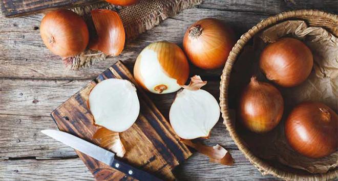 Ngoài việc làm món ăn, hành tây còn có 9 công dụng trong nhà bếp nếu không biết sẽ cực kỳ hối tiếc-5