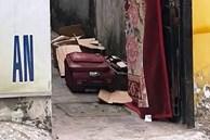 Thi thể bé trai trong chiếc vali bốc mùi hôi thối ở phòng trọ Sài Gòn bị quấn bao nilon