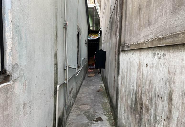 """Người trực tiếp kéo chiếc vali chứa thi thể bé sơ sinh ở Sài Gòn: Vali được buộc chặt bằng kẽm, lúc đầu tưởng bên trong là quần áo""""-3"""