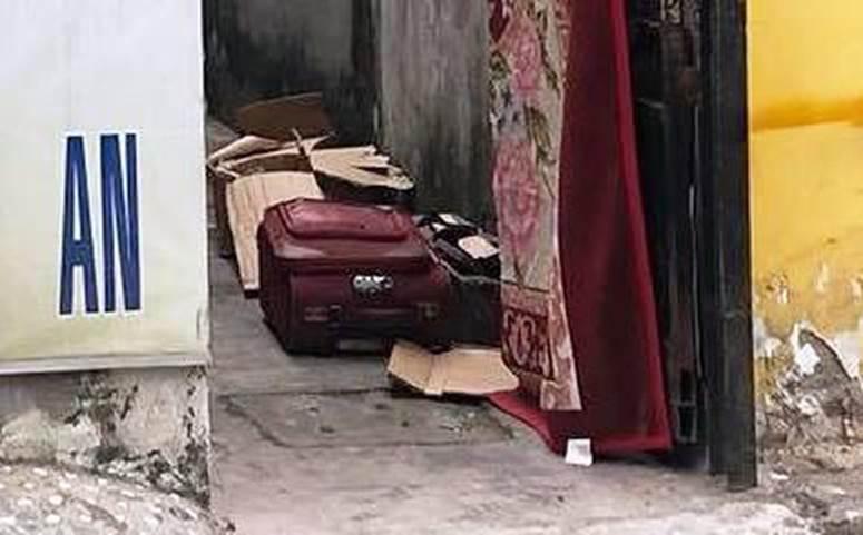 """Người trực tiếp kéo chiếc vali chứa thi thể bé sơ sinh ở Sài Gòn: Vali được buộc chặt bằng kẽm, lúc đầu tưởng bên trong là quần áo""""-4"""