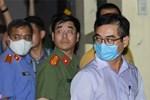 Video: Hiện trường bên ngoài nhà Chủ tịch Hà Nội Nguyễn Đức Chung-1