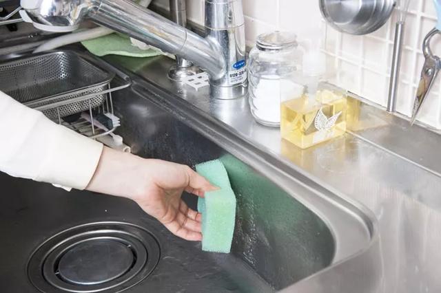 Bỏ túi mẹo dọn nhà bếp vừa nhanh vừa sạch để đón mùa Vu Lan và Quốc Khánh 2/9-1