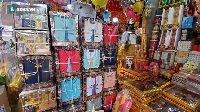 Cảnh tượng chưa từng thấy ở chợ cõi âm nổi tiếng Hà Nội-12