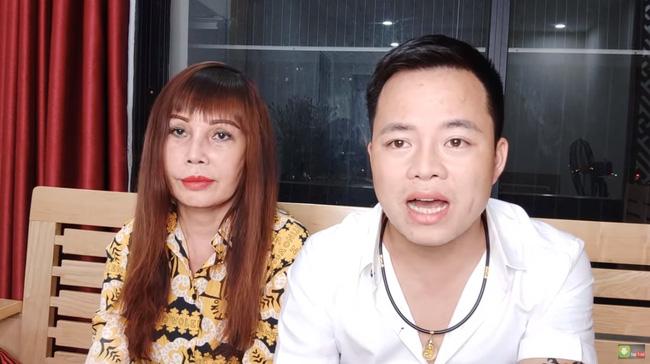 """Cô dâu 63 tuổi ở Cao Bằng sau 2 tháng phẫu thuật căng da mặt, diện mạo khiến ai cũng đồng ý là dao kéo hỏng""""-4"""