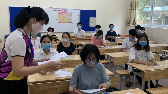 27 địa phương thi tốt nghiệp THPT đợt 2 sắp tới là những tỉnh nào và Hà Nội sẽ được tổ chức thi ở đâu?-1