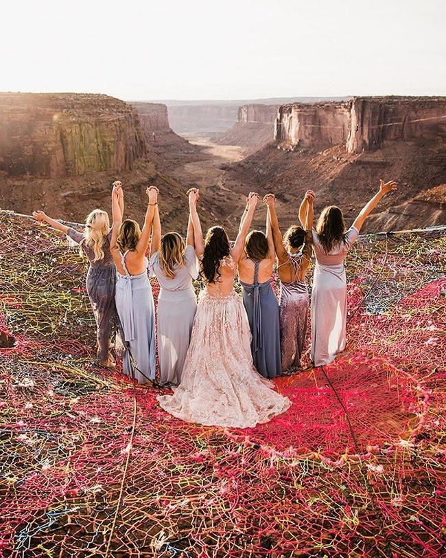 Đám cưới có 1-0-2: Những bức ảnh quá chất được tổ chức dưới đáy biển, nhìn cảnh dâu rể mà tất cả phải băn khoăn vì một lý do!-8