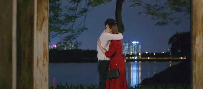Tình yêu và tham vọng: Tuệ Lâm khóc nghẹn chứng kiến Minh chăm sóc Linh ngay tại văn phòng, đành ra đi không lời từ biệt-5