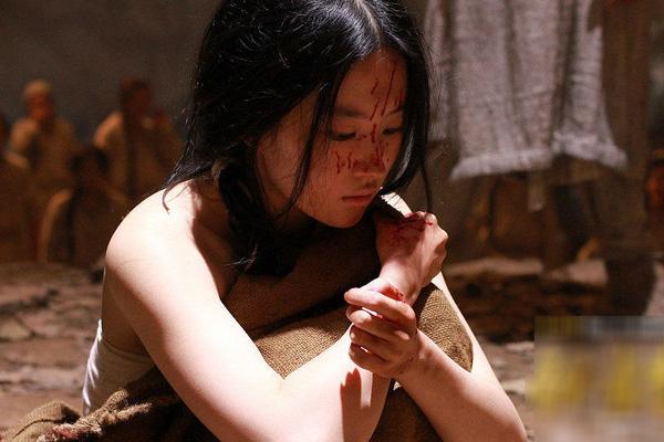 Không phải thái giám mới cần tịnh thân, một số cung nữ cũng sẽ bị tịnh thân với cách thức đau đớn tột cùng-1