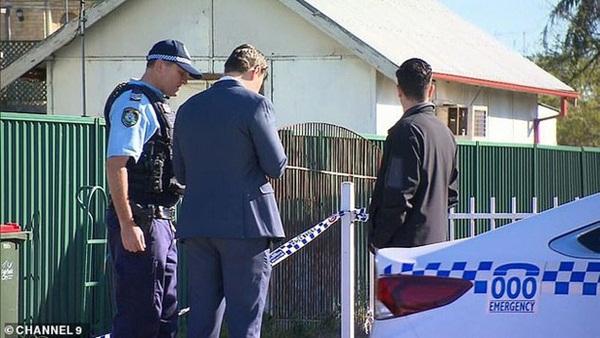 Dư luận Úc chấn động với vụ án bé trai 5 tuổi bị mẹ và phi công trẻ tra tấn bằng gậy sắt, tình trạng được nhận định là kinh hoàng chưa từng thấy-2