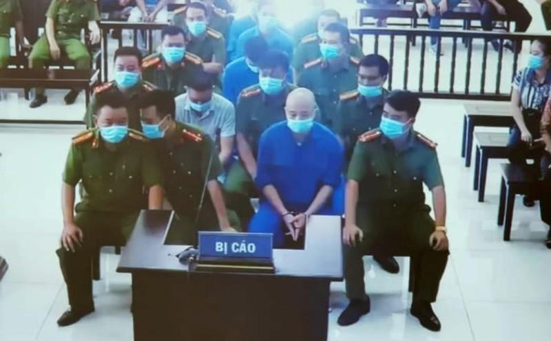 Thêm 2 đàn em Đường 'nhuệ' bị khởi tố vì làm luật đám ma-1