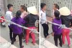 Người đàn ông ra tay tàn bạo với phụ nữ giữa đường chỉ bị phạt gần 3 triệu đồng-1