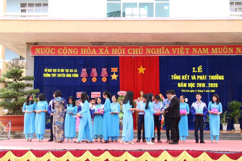 Ngôi trường Cường Đô la từng theo học: Tầm cỡ ra sao mà hàng nghìn thí sinh chọi nhau để vào như thi đại học-3