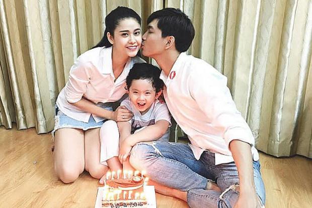 """Tim công khai đăng ảnh hôn Trương Quỳnh Anh, gây xôn xao khi khẳng định: Dù thế nào chúng ta mãi là người thân""""-2"""