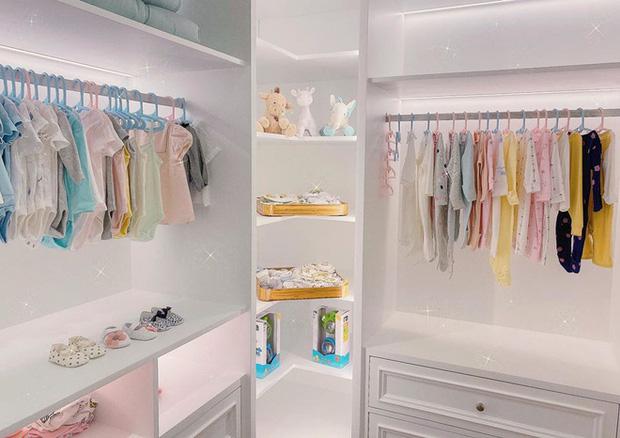 Hết tủ quần áo như cửa tiệm, Cường Đô La còn sắm cả dàn túi hiệu cho con gái mới sinh: Tiểu thư ngậm thìa vàng là đây!-3