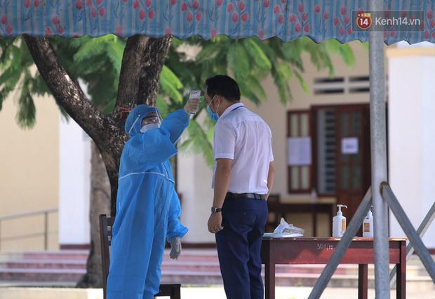 Thi tốt nghiệp THPT Quốc gia đợt 2: 26.000 sĩ tử bước vào môn Ngữ văn-7