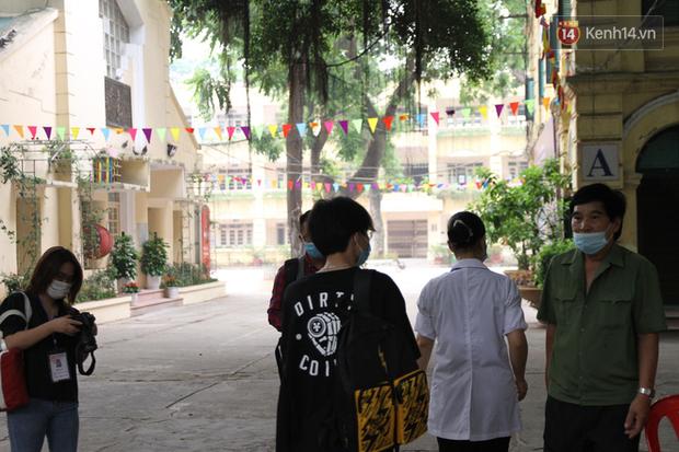 Thi tốt nghiệp THPT Quốc gia đợt 2: 26.000 sĩ tử bước vào môn Ngữ văn-15